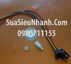 Tên hàng: Bộ cảm biến tốc độ encoder 100 xung; Điện áp 5V, Tín hiệu ra: 2 xung 5V P-P lệch pha 90 độ; Đường kính đĩa: 22mm; Đường kính lỗ đĩa: 3.5mm; độ dày đĩa: 0.3mm