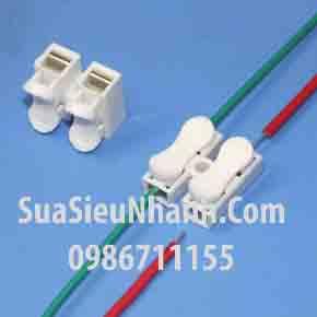 Tên hàng: CH-2 Clip kẹp nối nhanh 2 dây 0.5 đến 2.5mm; Mã: CH-2; Thông số: Dài rộng cao L20xW17.5xH13.5; Kẹp dây: 0.5 đến 2.5mm; Điện áp: 220V; Dòng: 10A;