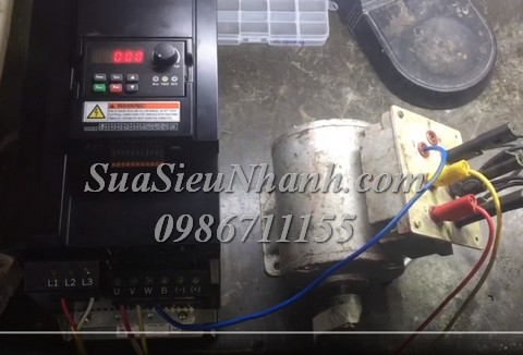 Sửa Biến tần Rexroth VFC5610-15K0-3P4-MNA-7P-NNNN-NNNN 5556 Lỗi idE Converter, lỗi idA Internal Sửa chữa Biến tần Rexroth Model: VFC5610-15K0-3P4-MNA-7P-NNNN-NNNN Serial: 5556 Mô tả tình trạng ban đầu: Lỗi idE Converter internal error, lỗi idA Internal communication error